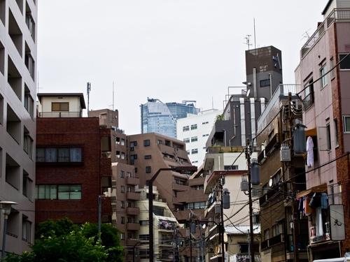 街中は収益不動産に溢れている。