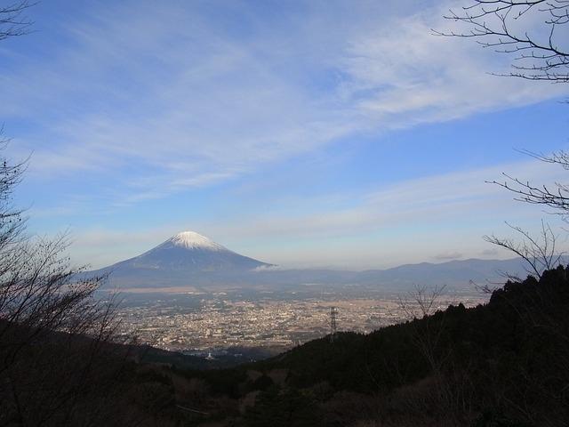 富士山は富士宮市にあります。