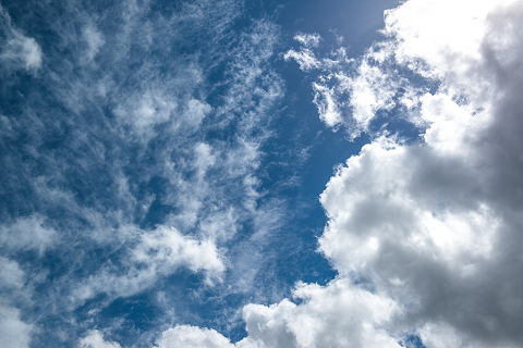 空の向こうに果たして何があるのか、具体的にイメージできますか?
