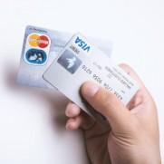 クレジットカードもかつてはステータスといわれていましたが。