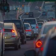 停滞を抜けたらどうなるか。渋滞と同じです。